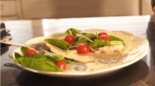Jessica's Cleaner, Leaner Kitchen: How to Make Tuna Wraps