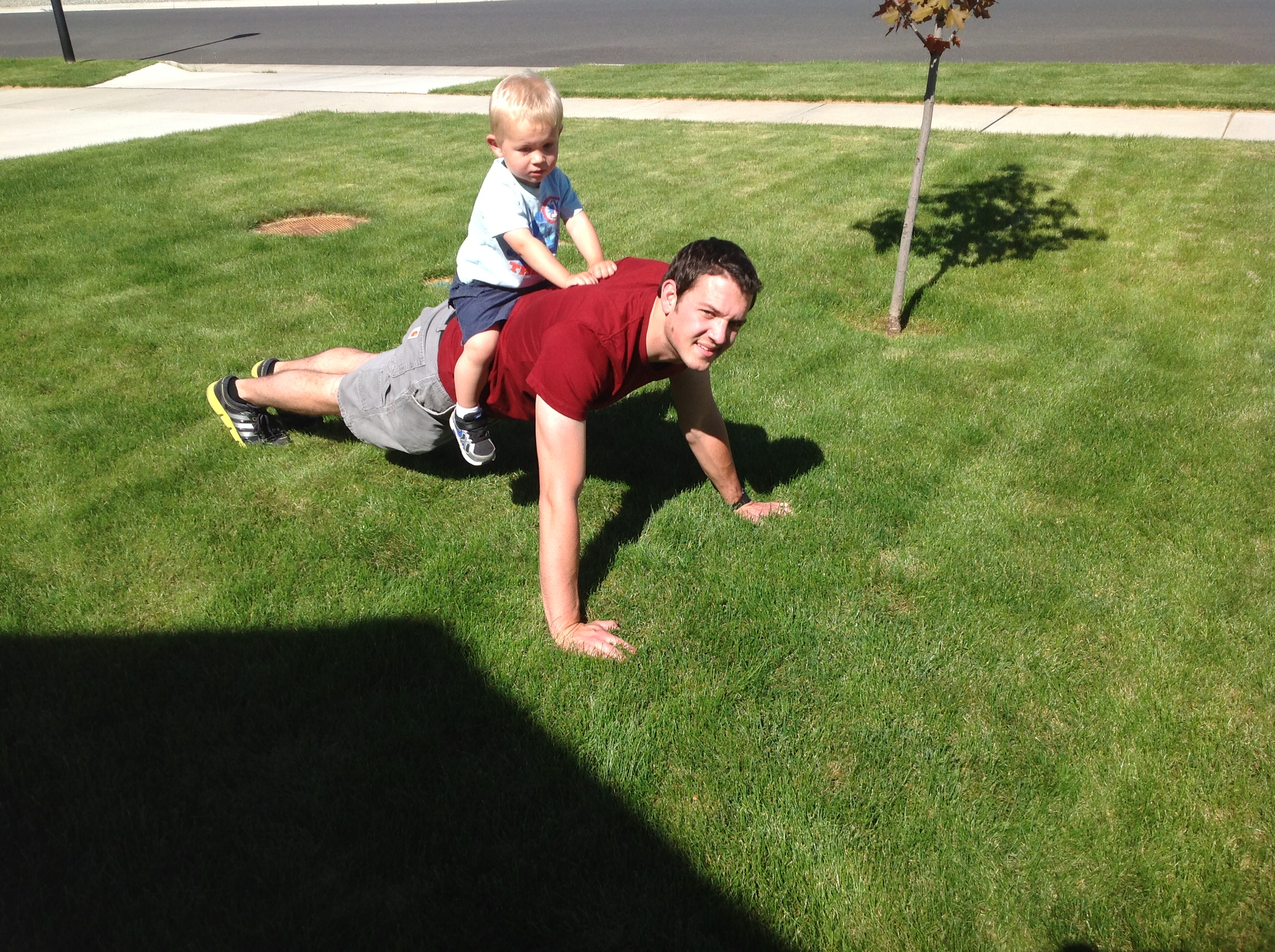 Family Fitness - The Best Upper Body Exercise For Dad